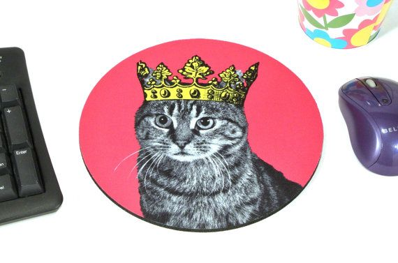 Tabby in a Crown mousepad