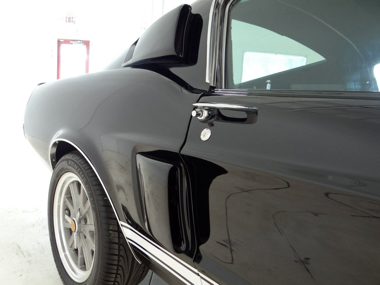 Detail of side vents on the 1967 shelby mustang gt500