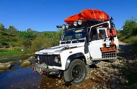 Overland life  #LandRover #LandRoverLife #LandRoverDefender #Defender #DefenderLife #DefenderSeries #DefenderV8 #Defender90 #Defender109 #Defender110 #Defender130 #Adventure #AdventureMobile #AdventureTime #Adventurer #Expedition #ExpeditionVehicle #Explore #DailyOverland #Traveling #Travel #TerrainResponse #4x4 #Offroad #Jungle #Overland #Overlander #Overlanding #Camping #Extreme by dailyoverland Overland life  #LandRover #LandRoverLife #LandRoverDefender #Defender #DefenderLife…