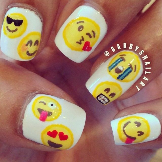 Emoji nails are sooooo cute