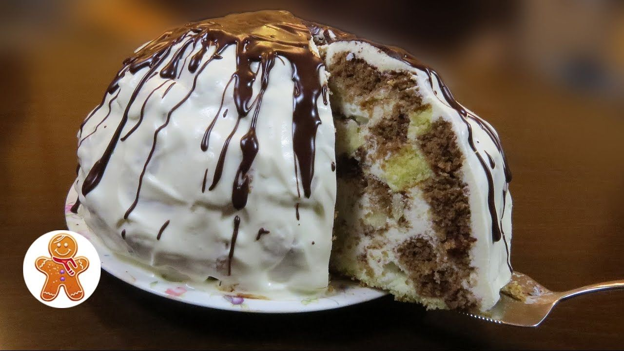 Prepare Pancho cake with pineapple