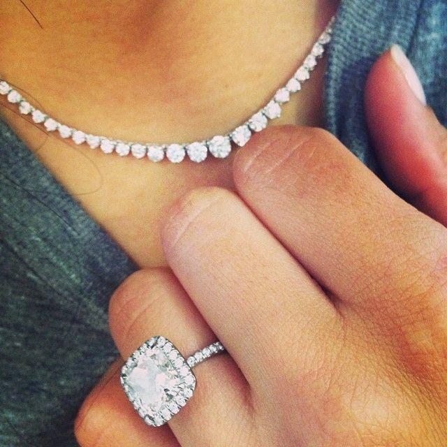 Naya Rivera Diamond Necklace Halo engagement Engagement and Ring