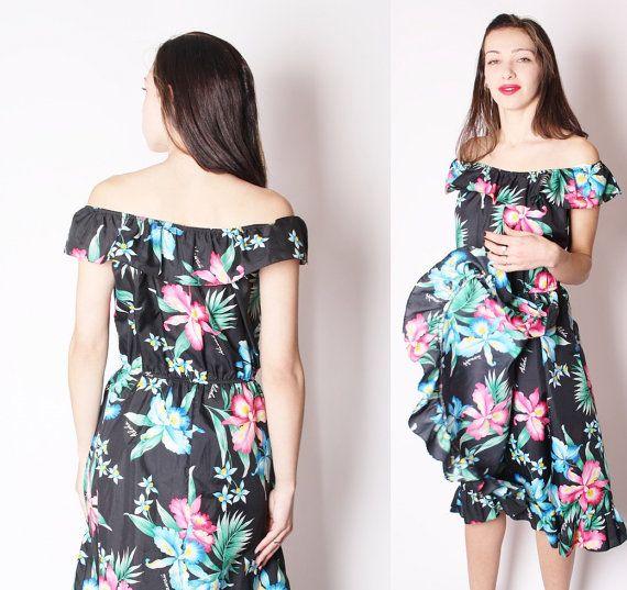Hawaiian Black Frills Tropical Flower Beach Dress / Hawaiian Vintage Dress / Tropical Beach Floral / 2285