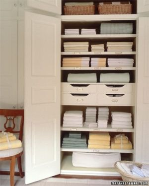 I have lots of extra bedding. What is the best way to store ... : best way to store quilts - Adamdwight.com