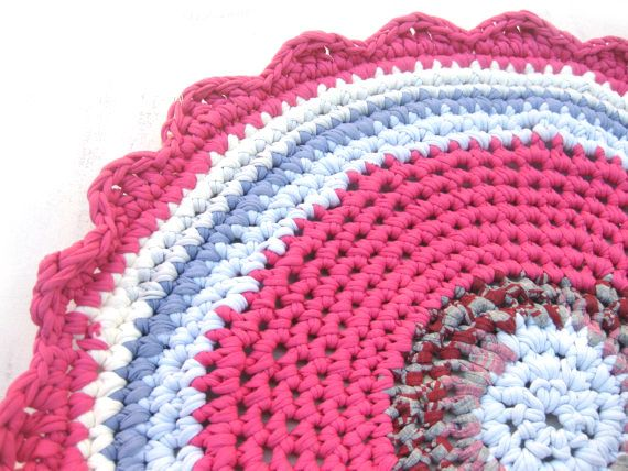 Rag Rug  Pink & Grey  Round 30 by odpaam on Etsy, $49.00