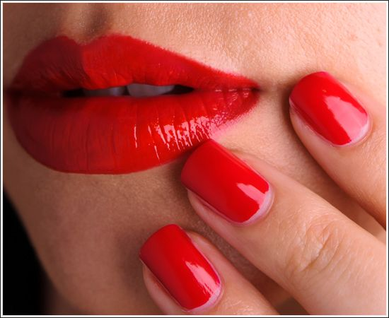 MAC Russian Red Lipglass Lipstick Nail Lacquer Review