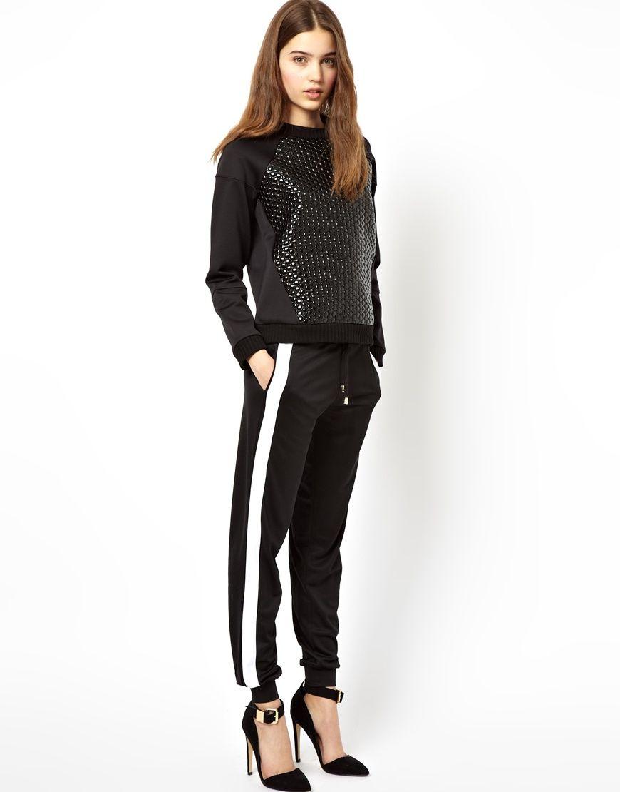 3ae956cd8a Los pantalones tipo  joggers  son el must de las chicas cool. ¡Inspírate en  estos looks!
