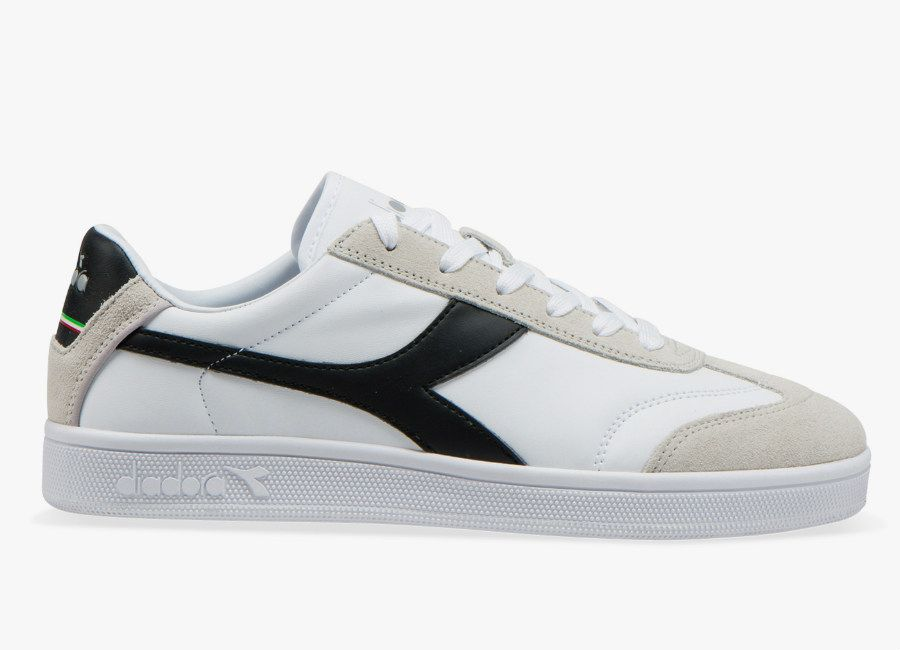 fcc34ff9 Diadora Kick P - White / Black | Sneeks in 2019 | Football boots ...