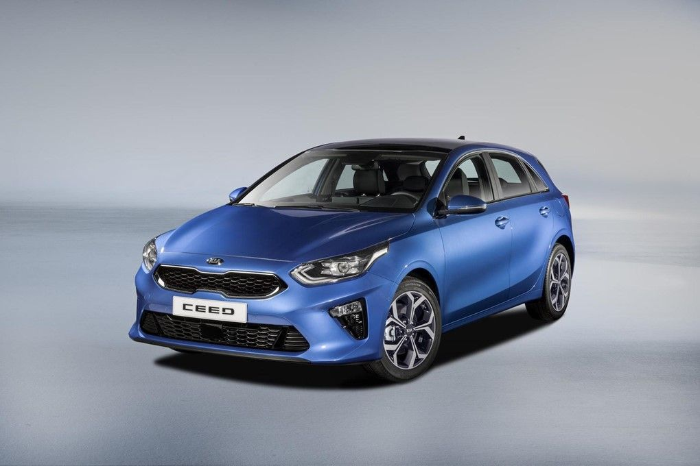 Kia Ceed It Is Available With Lane Following Assist Which Tracks The Car In Front To Reduce Driver Fatigue On Long Drives As Kia Ceed Kia Geneva Motor Show