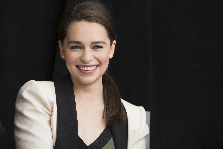 Emilia Clarke | Emilia clarke, Beauty, Singer