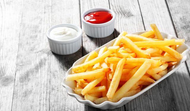 Jediná surovina ich urobí hriešne chrumkavé: TOTO potrebujú zemiakové hranolčeky | DobreJedlo.sk