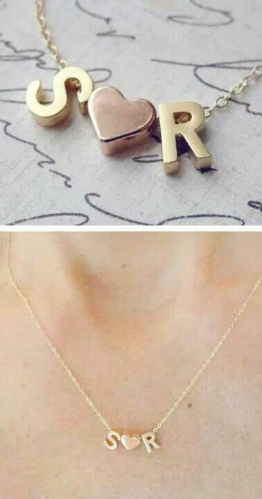 Papriika Design Collar Con Letras Y Corazón Rellenos En Plata Indicar Iniciales 650 Accesorios De Joyería Joyas En Acero Diseño De Joyas
