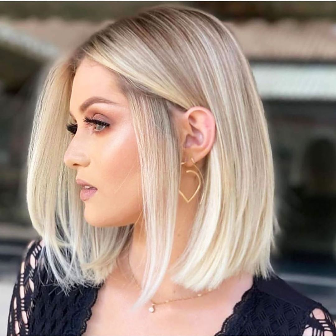 25 Short Blonde Hairstyles For Women Blonde Hair Looks Thick Hair Styles Short Hairstyles For Thick Hair