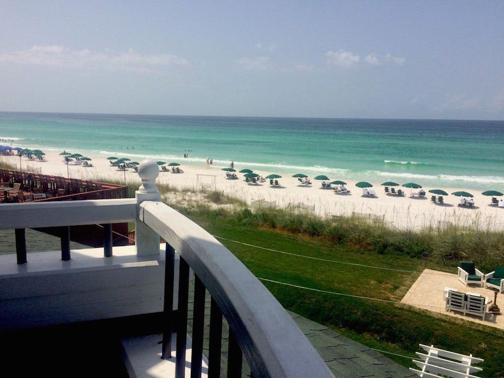 A Look At The Weather Destin Florida Average Temperatures Hotels In Destin Florida Beach Hotel Room Beachfront Hotels