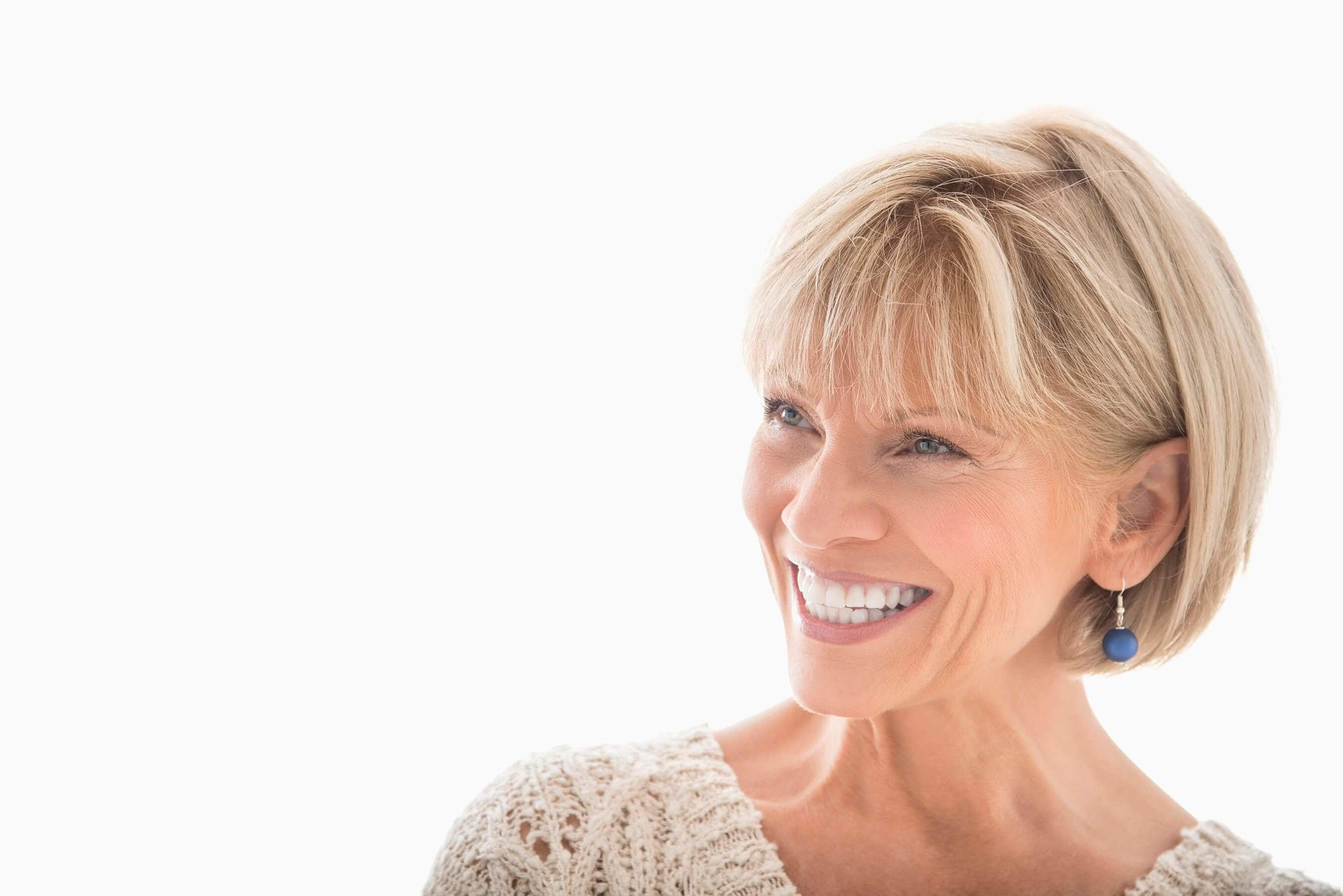Looking for chic and easy short hairstyles for older women check