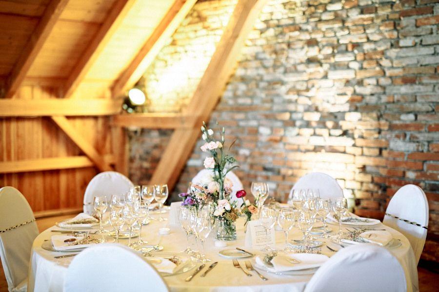 Tischdeko Vintage Vasen Hochzeit Inspiration Laendlich Natur Gut