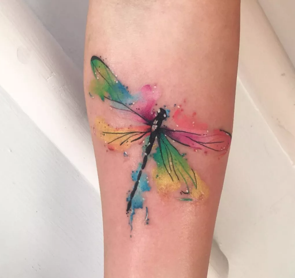 BEAUTIFUL DRAGONFLY TATTOOS AND THEIR MULTIPLE MEANINGS ...