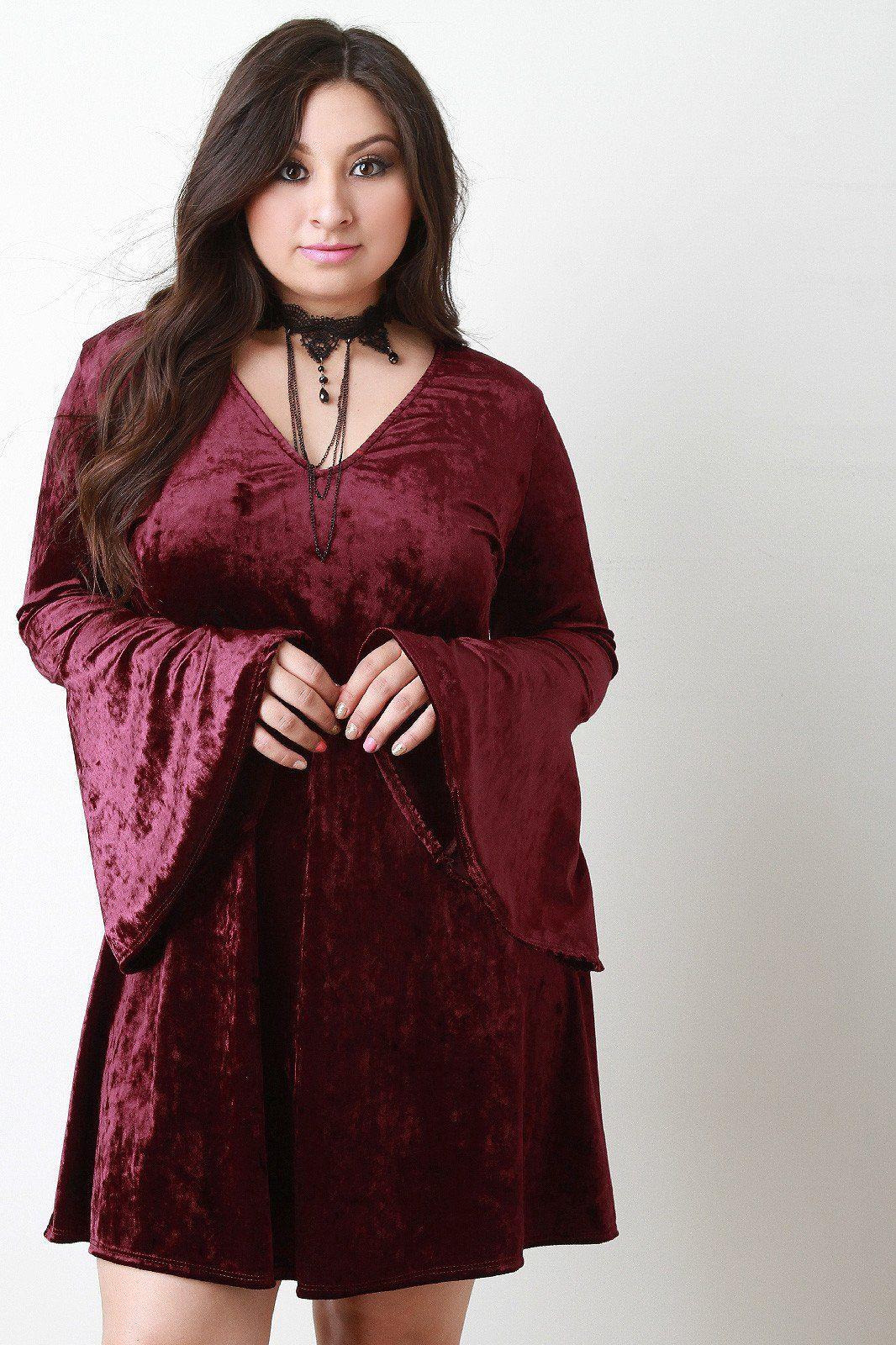 Crushed velvet choker necklace bell sleeve dress plus
