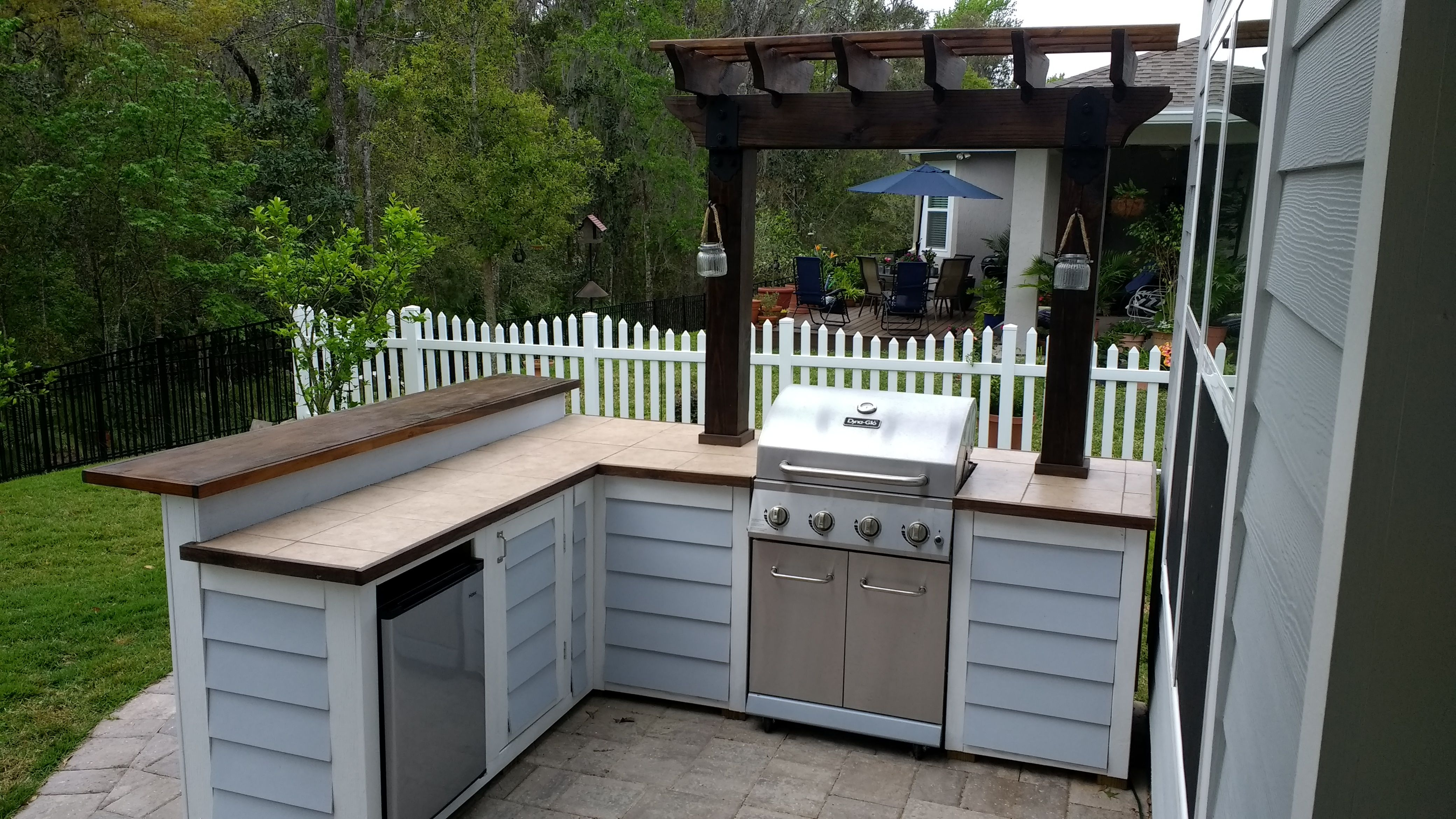 Ana White Outdoor Bar Grill Surround With 2 Post Pergola Diy Projects Pergola Patio Ideas Diy Outdoor Bar And Grill Outdoor Patio Bar