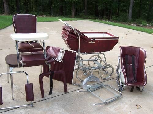 Superieur Babyhood Wonda Chair Set In Burgundy   Gorgeous!