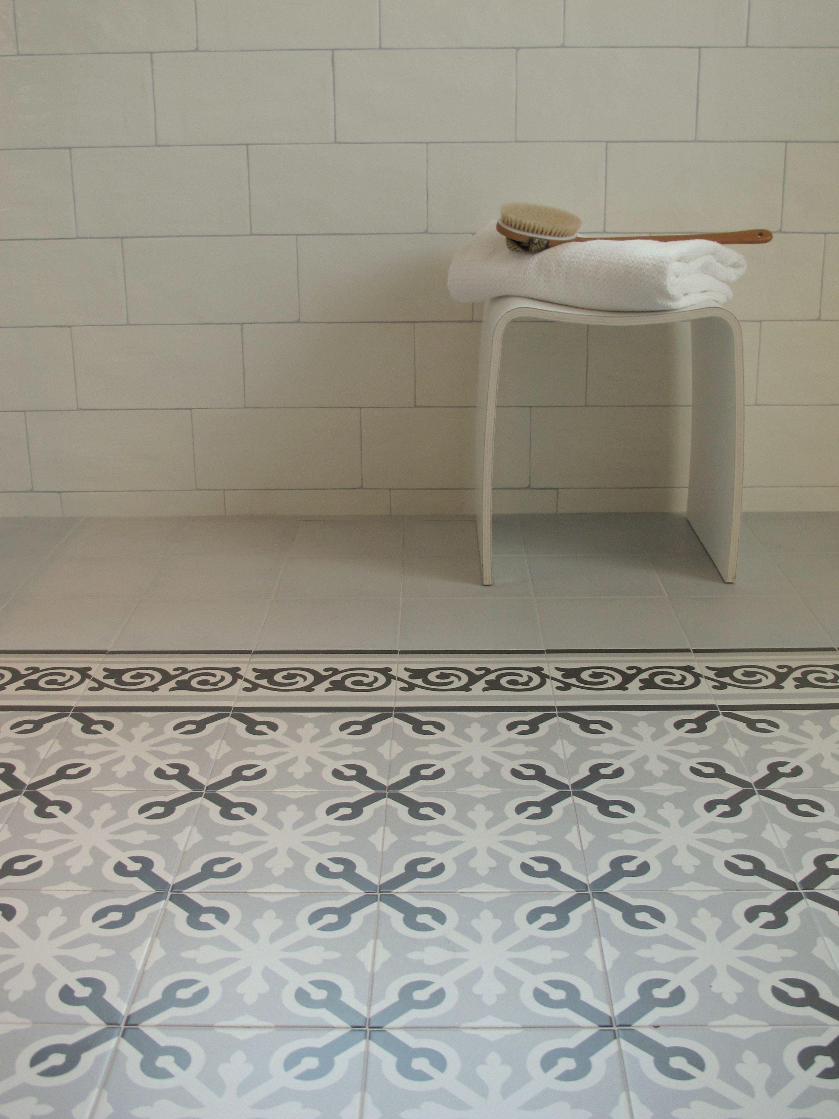 combinatie van 1900 op de vloer en yorkshire op de wand, Badezimmer