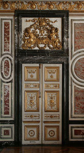 Château de Versailles - Porte de la Salle des gardes de la Reine