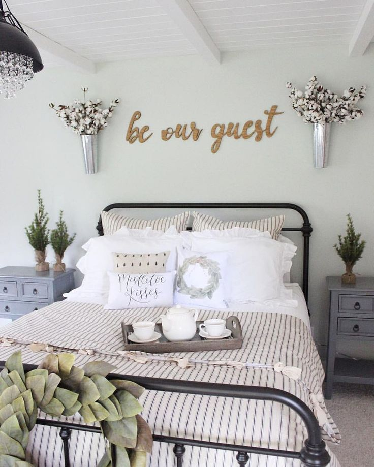 Farmhouse Room Decor Rustic Farmhouse Bedroom Bedroom Decor Pinterest Farmhouse 35+ Rustic Farmhouse Bedroom For A Rustic Country Home. #rustichome # Farmhousebedroom #homedecor