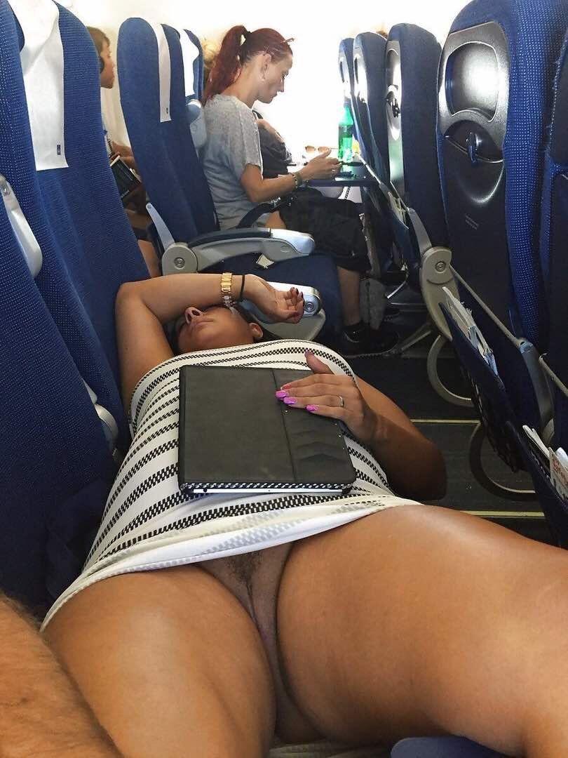 Black girls voyeurs, pinay leaked photos on stolen cell phone