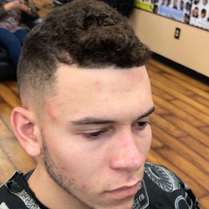 My main man @_zanielfigueroa_10 the all star  #allstar #puertorock #prselevanta #puertorocksteady #eagles #footballsunday #philadelphiaeagles #fans #SuperBowl #turndownforwhat #lit #getmoney #life #nice #goodvibes #barbershop