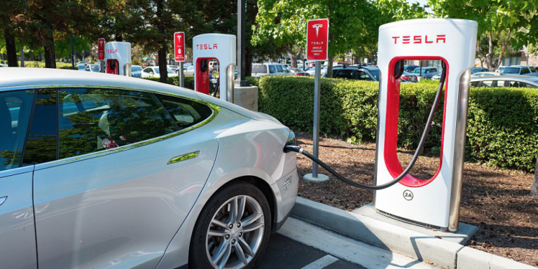No More Unlimited Free Charging For New Tesla Customers Tesla Charging Stations Tesla Tesla Battery