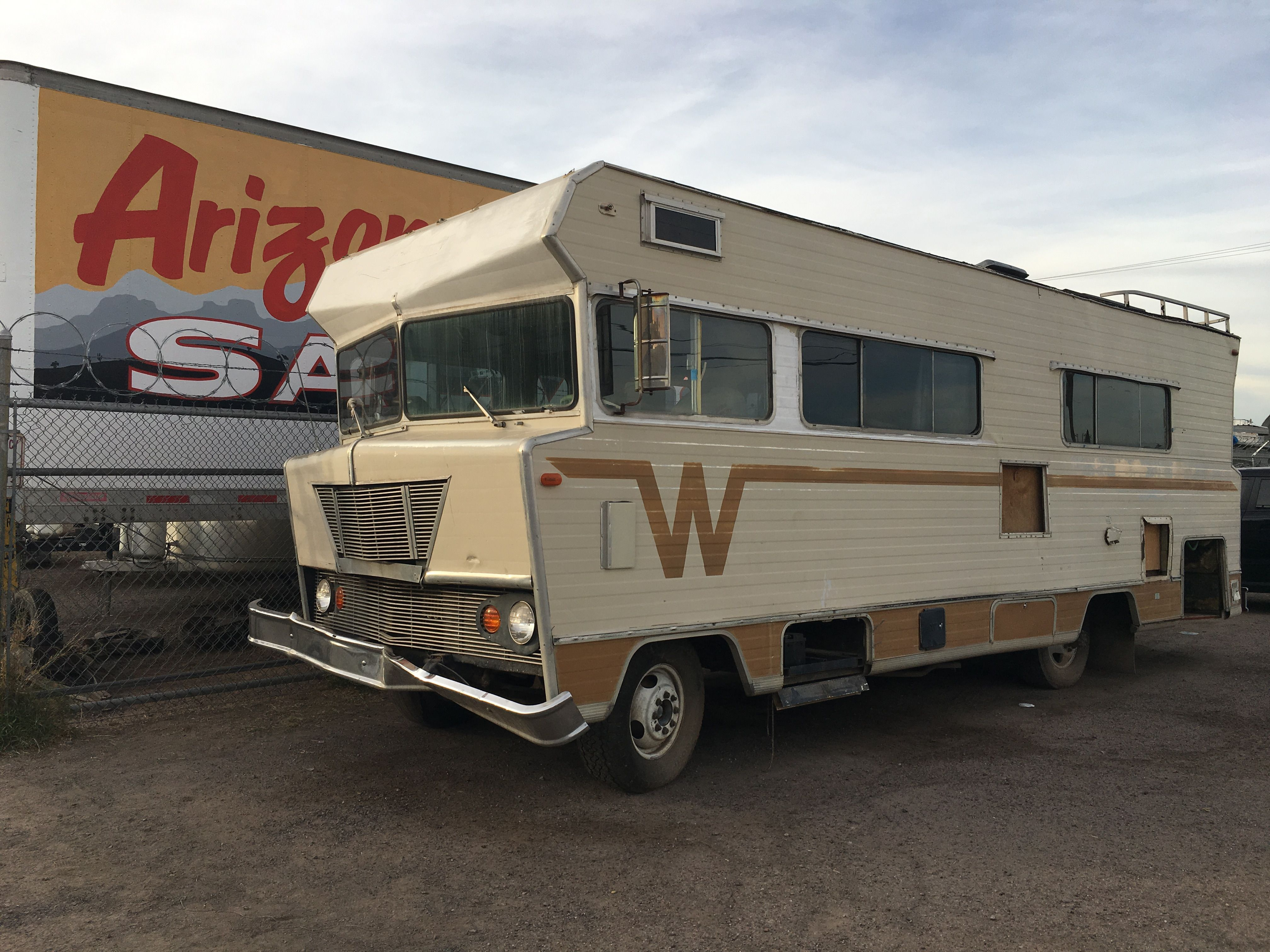 Winnebago 1971 salvage