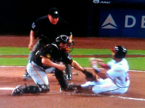 Umpire Has Been Legally Blind For the Last 2 Years