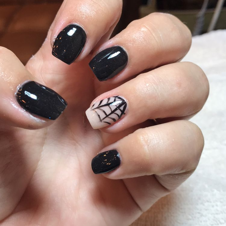 75 Cool And Easy Halloween Nail Ideas You Are Bound To Try Koees Blog Halloween Nails Easy Halloween Nail Designs Halloween Nails