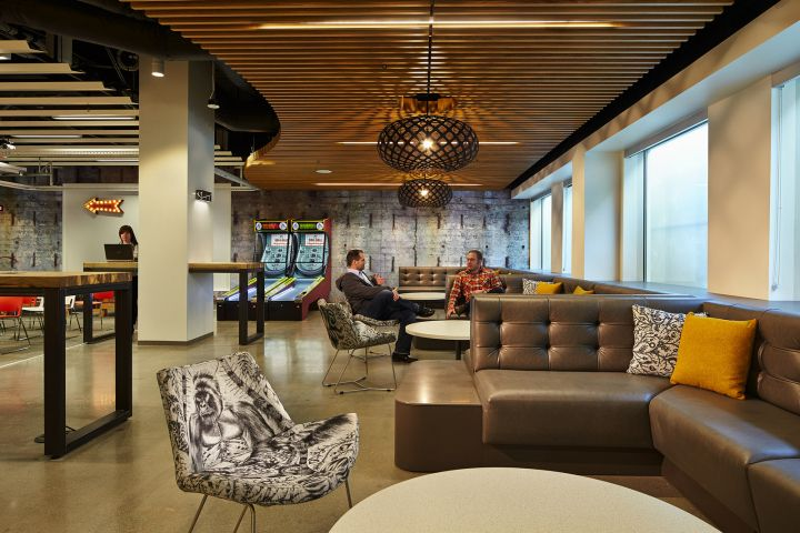 Microsoft Building B44 by ZGF Architects, Redmond Washington office - innovatives interieur design microsoft