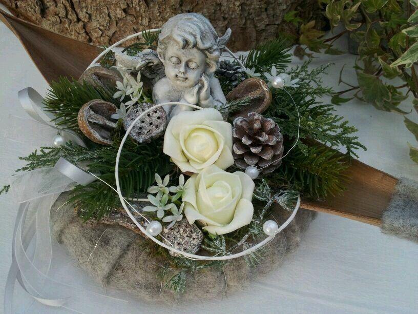 Grabgesteck Grabschmuck Allerheiligen Totensonntag Kranz Engel Rose Kokosblatt #friedhofsdekorationenallerheiligen