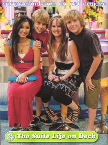 The Suite Life On Deck Brenda Song Cole Sprouse Debby Ryan Dylan Sprouse Popstar Suite Life Dylan And Cole Disney Actresses