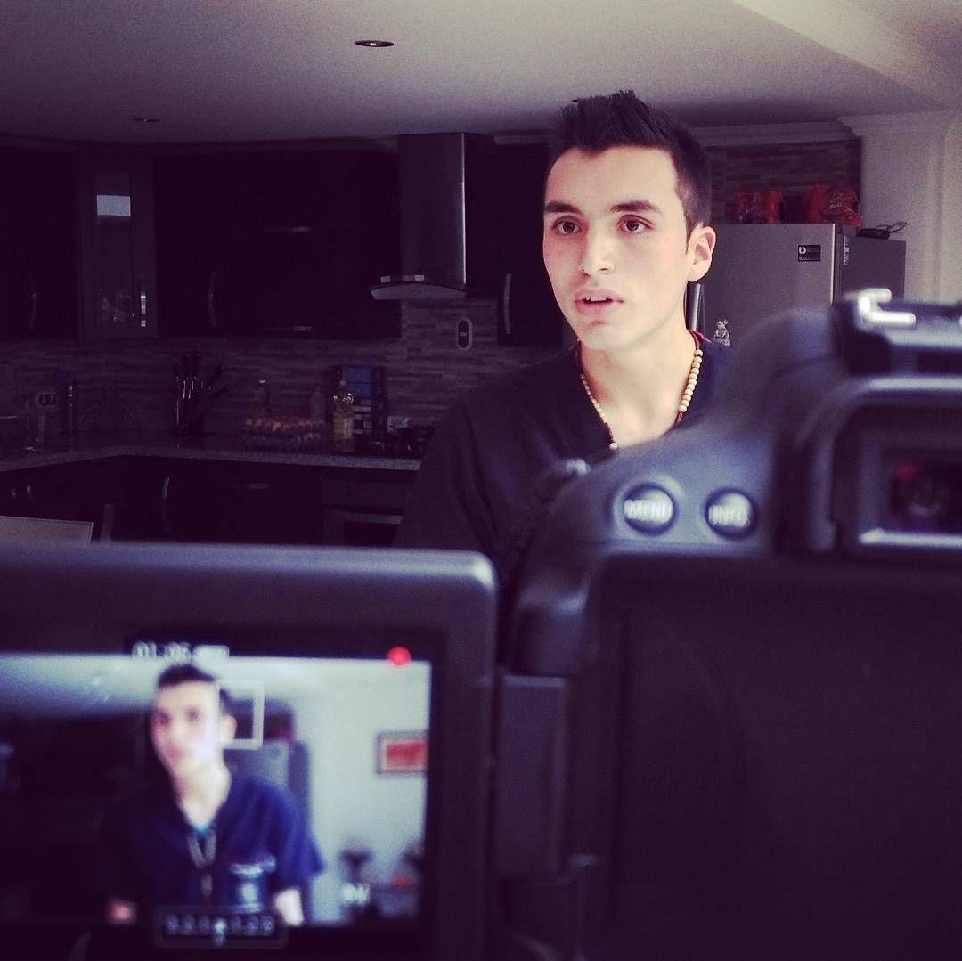Camilo uno de los terapeutas que trabaja con Rosita #ciudadesperanza