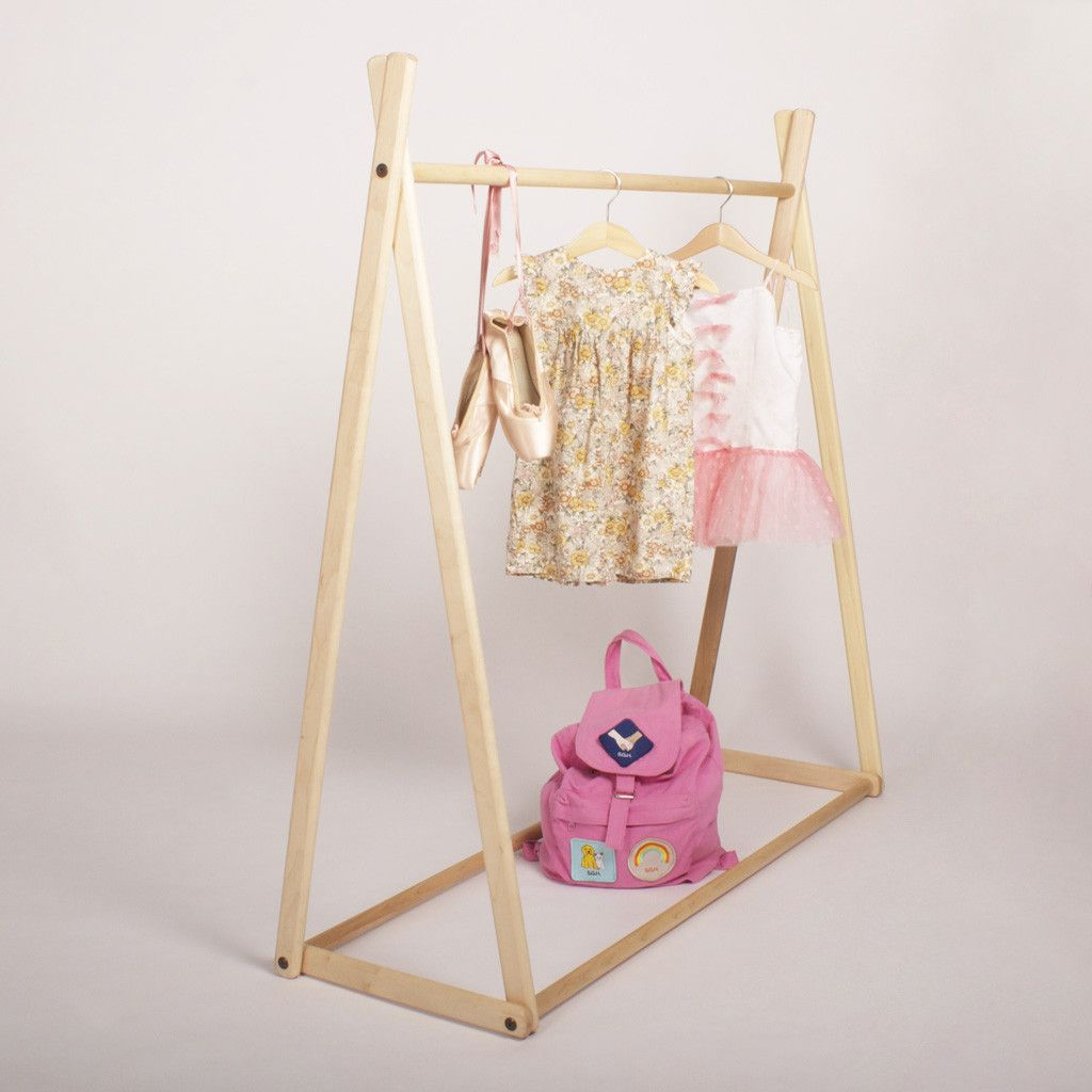Diy Child Clothes Rack: Children's Clothes Rack - American Maple In 2019
