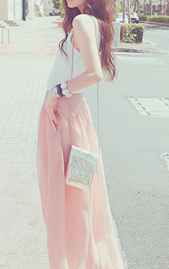 Maxi skirts with pockets.