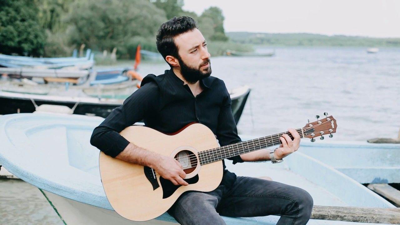 Koliva Kul Oldum Sozleri Umidim Tukendi Bitiyor Ardina Bakmadan Gidiyor Soylemeye Dilim Varmiyor Soylediler Yandim Kul Music Music Instruments Guitar