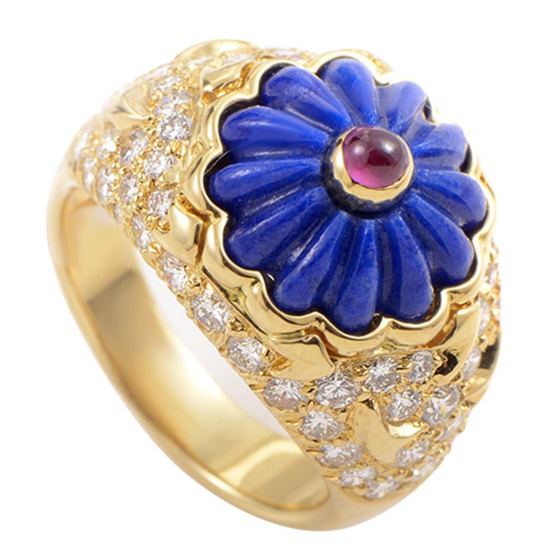 Harry Winston  Carved Flower Ring