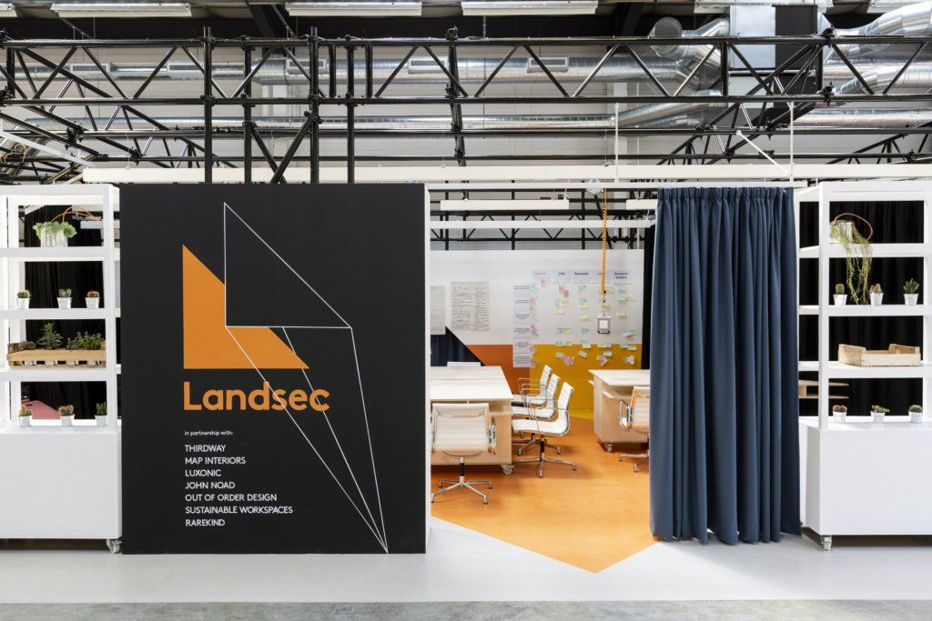 Take A Tour Of The Landsec Pop Up Lab And Offices In London Design By Thirdway Architecture Https Osna Ps 2yqbn6v Meuble Bureau Mobilier De Salon Bureau