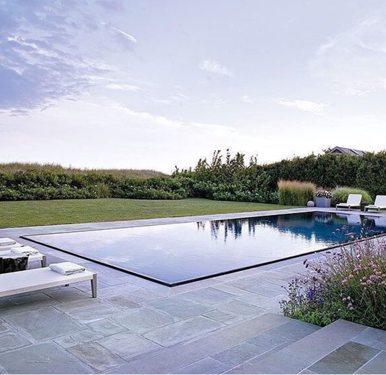 pin by botanik on elements pool modern pools infinity edge pool swimming pool designs. Black Bedroom Furniture Sets. Home Design Ideas