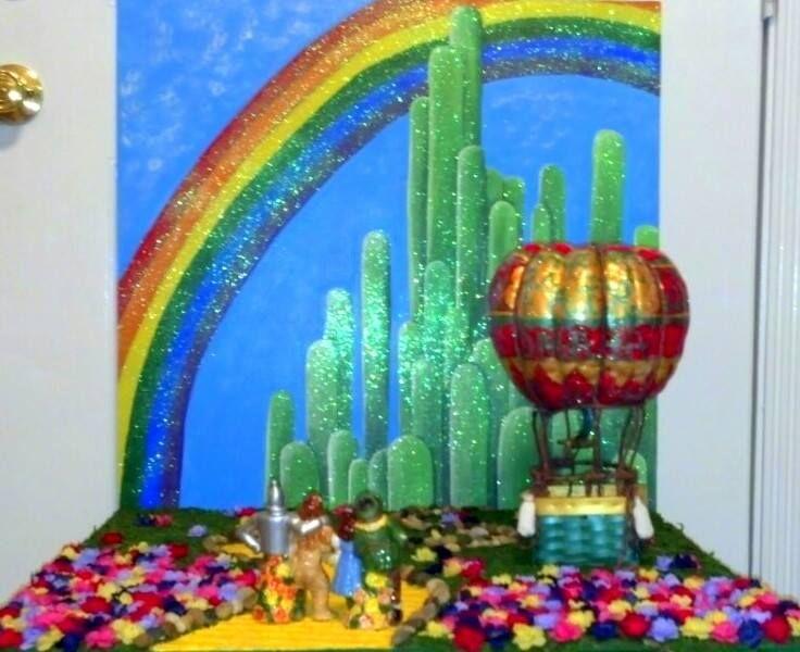 painted pumpkin contest first prize winner wizard of oz pumpkin