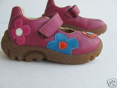 Naturino pink leather toddler shoes size 6