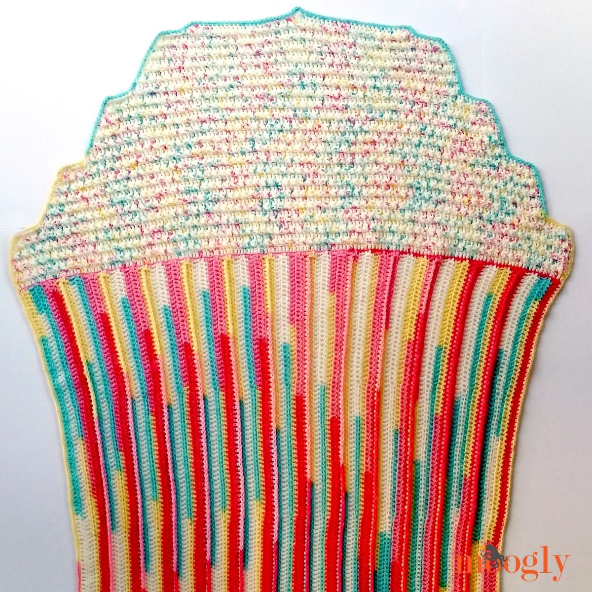 Crocheted Cupcake Baby Blanket - Craftfoxes
