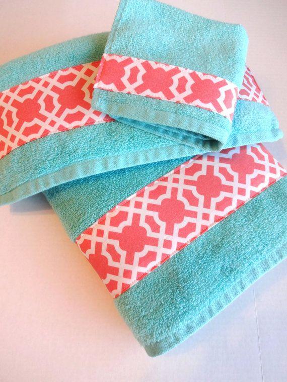 Set Of 3 Aqua And Coral Bath Towels Aqua Towels Aqua And Coral
