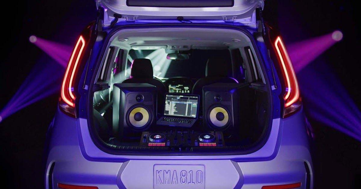 2020 Kia Soul Headlights Coastal Kia Kia Mit To Show A Car Interior That Adapts To Your Mood At Kia Telluride Interior What S In Each Kia Soul Kia Mood Light