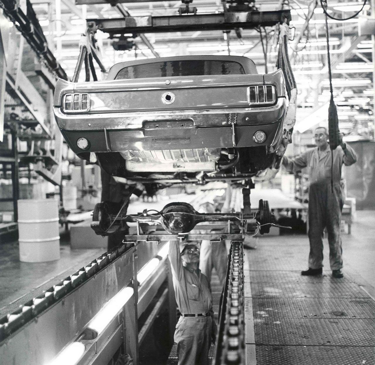 1964 Ford Mustang Assembly Line With Images Ford Mustang