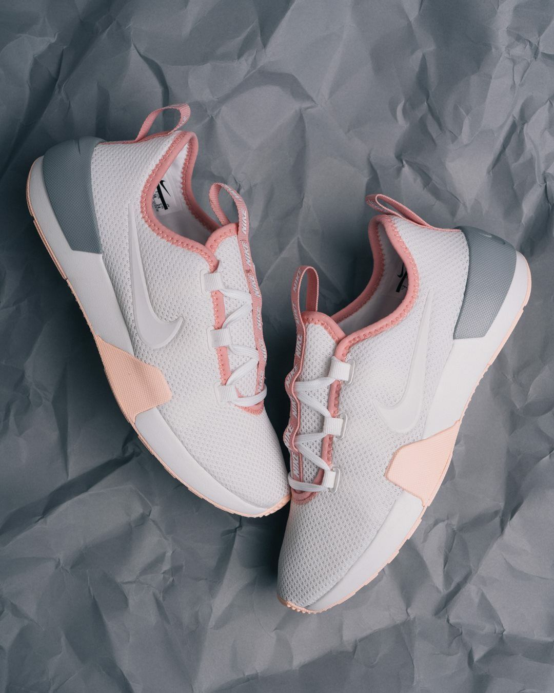 info for 011a7 cfa87 Nike Ashin Modern Run | Shoess⚡ | Shoes sneakers, Sneakers nike y ...